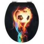 WC Sitz mit Fußball und Feuer