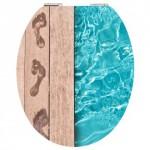 Toilette im Swimmingpool + Holz Style